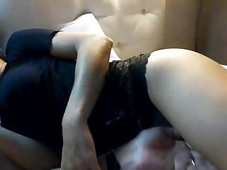 Husband show me his wife on cam