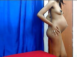 Hot Pregnant Webcam Girl - Big Puffy Nipples