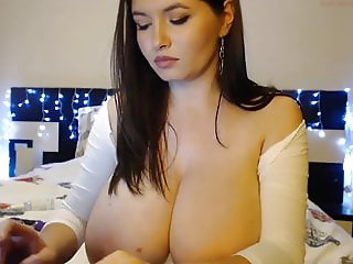 Mega Busty Brunette Natural Tits Webcam