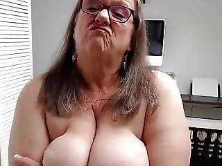 Bbw granny webcam solo