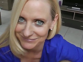My Best Friend's Mom Let Me Cum In Her Pussy