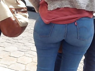 Big perfect ass, culazo sacaleche en jeans