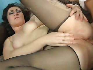 Elena Gwendolen likes to feel dick in her ass