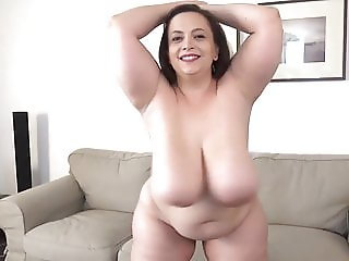 curvy mommy with big Breasts 2