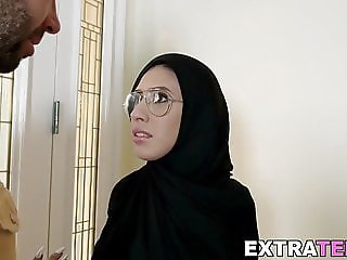 Petite Arab Angel Del Ray cumblasted after anal sex