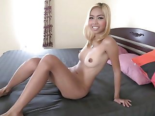Young Thai slut cums hard while riding tourist's cock