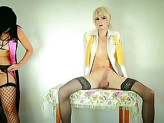 You free pics of amateur crossdressers down!