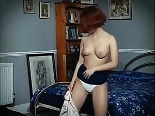 OUT OF SPACE - tiny pert beauty jiggy tits dance