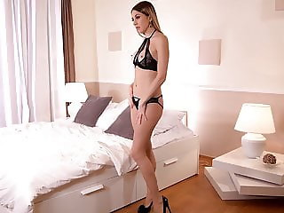 Strap-on pussy fucking marathon with lesbo Milfs Dolly Diore