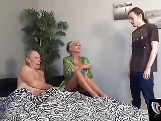 Fucking my milf Sally in front of Dad