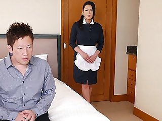 Japanese maid, Rei Kitajima is fucking a horny client, uncen