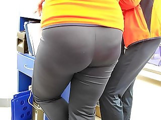 Fat juicy ass girls in tight sports pants