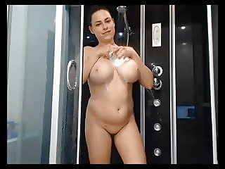 horny pawg taking a shower