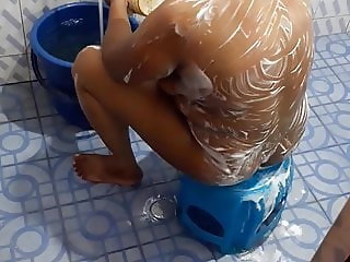 South indian sexy aunty dishaniya bathing nude