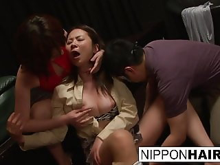 The new girl at the sex club gets fingered until she screams