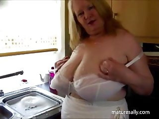 Getting wet in the kitchen