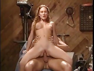 NMLN Cute Daughter Fucks With Daddy In His Shed !
