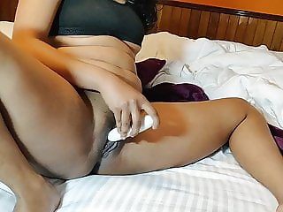 Horny Indian Doing Dildo Penetration In Pussy