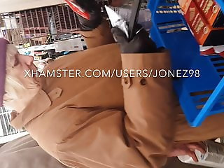 No panty Old White Granny Upskirt (Reloaded)