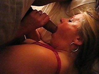 Posh  housewife cleaning her lovers BBC between creampies