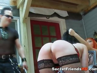 Horny Lady Gets Hardcore Fuck With Spanking Too