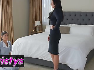 When Girls Play - India Summer, Emily Willis - Subservient