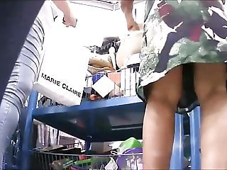 SPYCAM Young woman and old milf legs SPYCAM