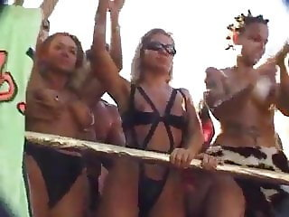Kinky Party at the Love Parade pt 2