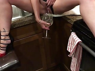 Warming up my mothers wine glass