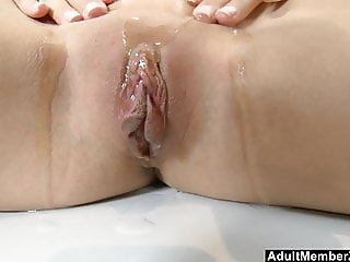 Beautiful Blue Eyed Teen Oiled Up And Solo Masturbation
