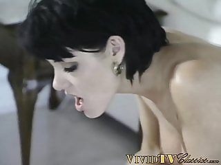 Busty MILF DP drilled in classic porn threesome