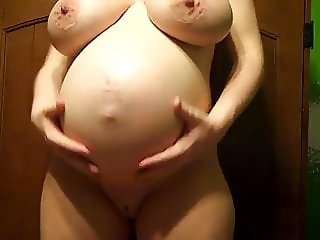 Prego Natural Mommy With Big Nipples -Deviant-