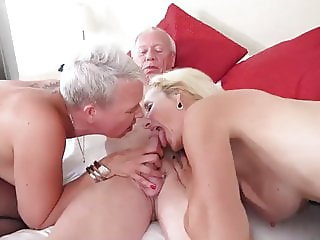 OLDER COUPLE SEX WITH FRIEND