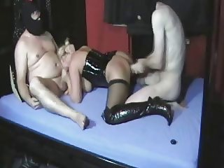 Compilation of 8 more fisting & extreme insertion videos