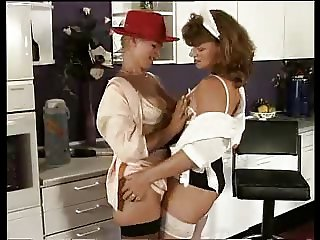 THE COUNTESS AND HER SPERM MAID 01