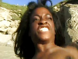 Monique - Hot sex on the beach