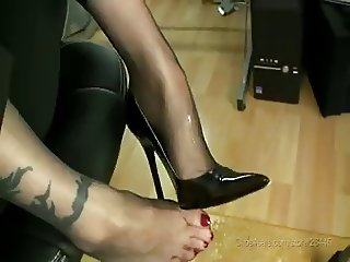 German Nylonfeet Secratary