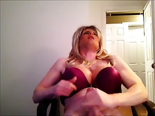 blonde crossdresser jerkoff