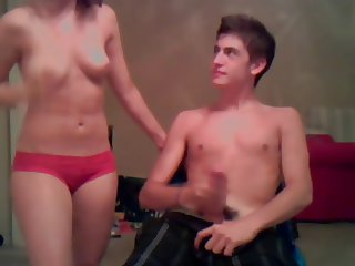Couple on cam