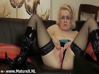 Horny mature mom is rubbing her pussy part5