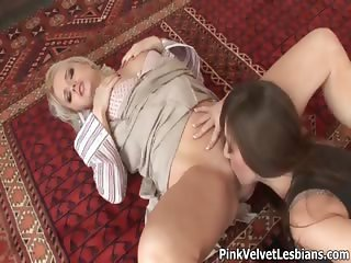 Two beautiful babes fucking each other part4