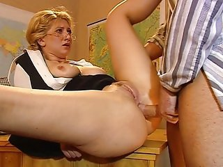 Sweet teacher Cathy gives in the ass