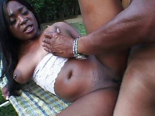 Ebony vagina grinds without mercy