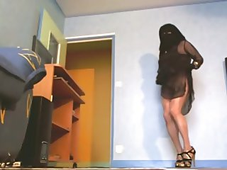 sexi dance in niqab