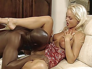 Black on White - Silvia Saint