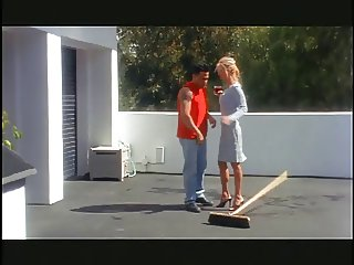 Blonde babe gets fucked and facialized outdoors
