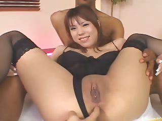 Asian asshole vibrated hardly