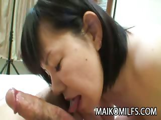 Yoshie Tabata - Horny Mature Japanese Receiving A Warm Creampie