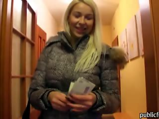 Czech girl Karol slammed and jizzed on for a chunk of cash