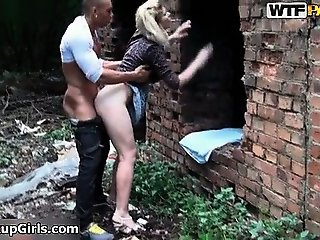 Sexy blonde babe gets horny getting her part3